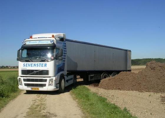 Volvo + 65 m3